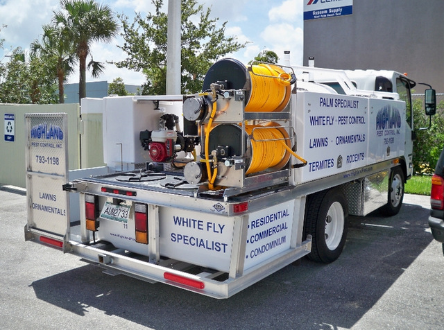 Fleet vehicle lettering for pest control companies in South Florida