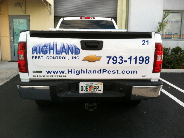 Fleet truck lettering for pest control companies in South Florida